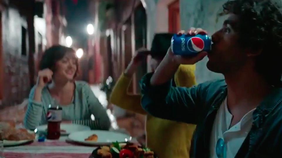 Pepsi Emoji Backpackers